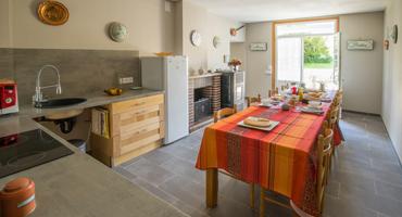 Cuisine commune de la maison d'hôte Les Cagouilles à Virson (17) près de Rochefort en Charente-Maritime